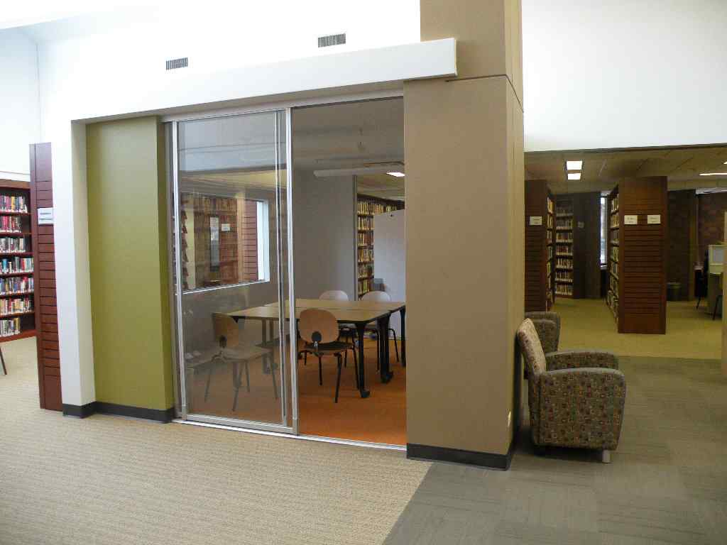 2 conference room, hampton library