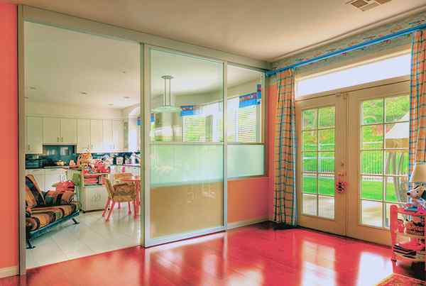 school day care divider