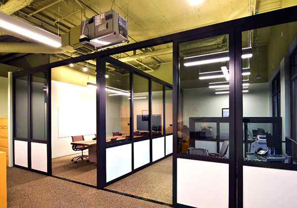 5 college learning center glass room dividers