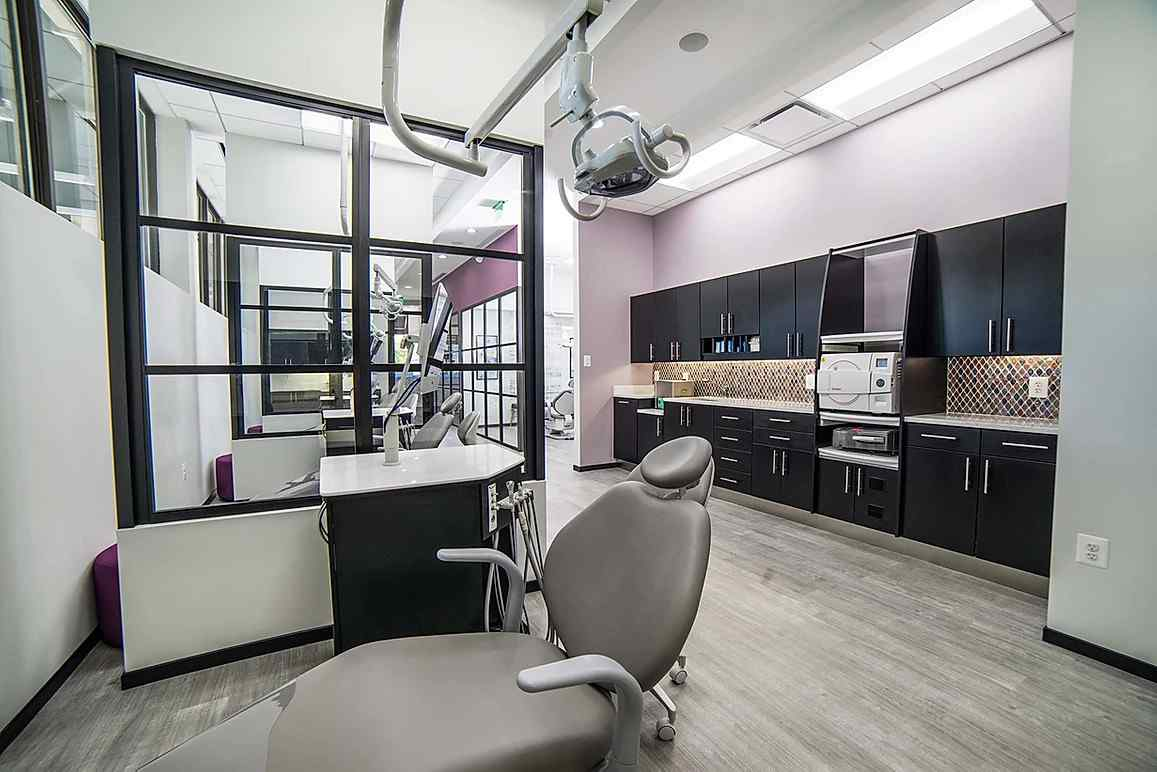 Orthodontics Office Black Clear Trio Fixed Panels Privacy Partitions Between Stations Header and Knee Wall